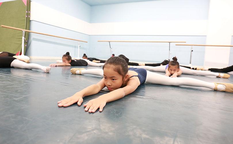少儿舞蹈学习班课堂
